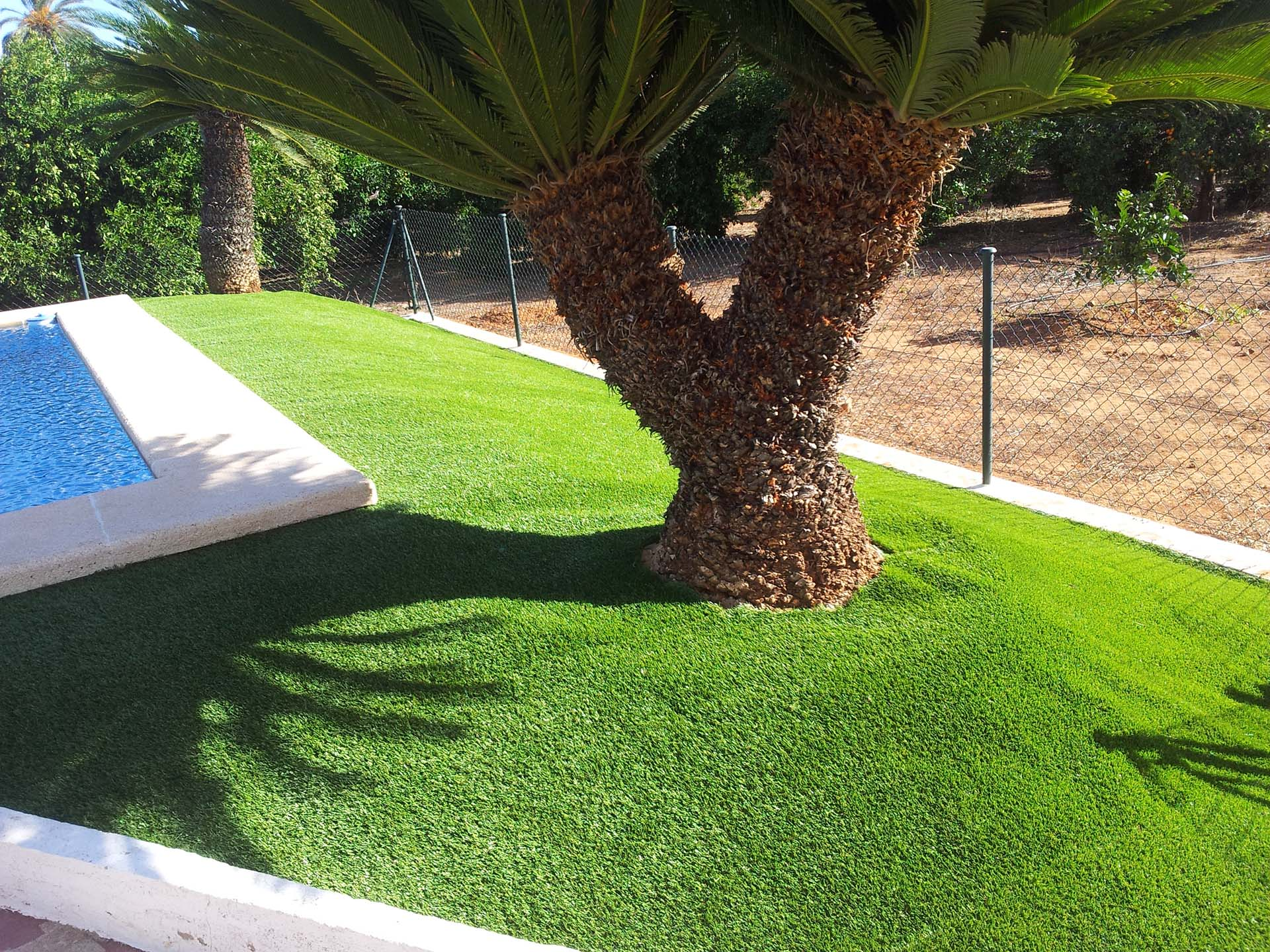 C sped artificial valencia c sped artificial para tu chalet for Piscina jardin valencia